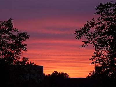 Zachód słońca widziany zokna #3
