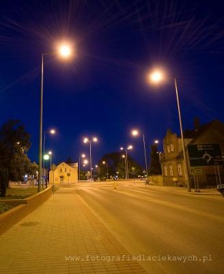 Zdjęcia nocne - gwiazdy na lampach - F4