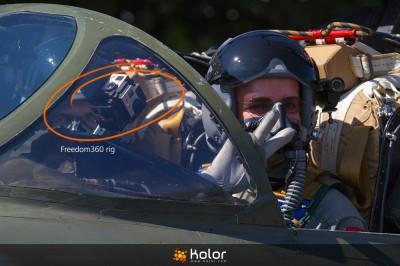 Film zpanoramą 360st - kamera wsamolocie