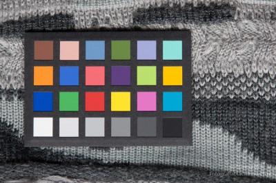 Świetlówka liniowa dozdjęć - test TL-D barwa 950 seria De Luxe