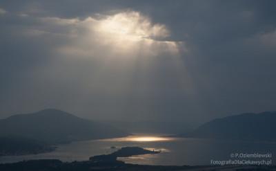 Snop światla - zdjęcie bezobróbki