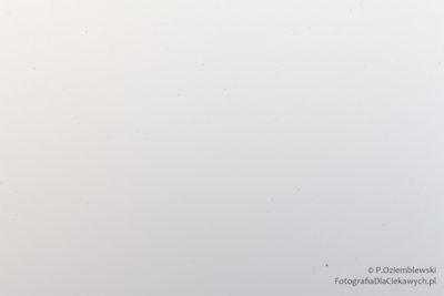 Przysłona f/36 - brudno - plamki nazdjęciu
