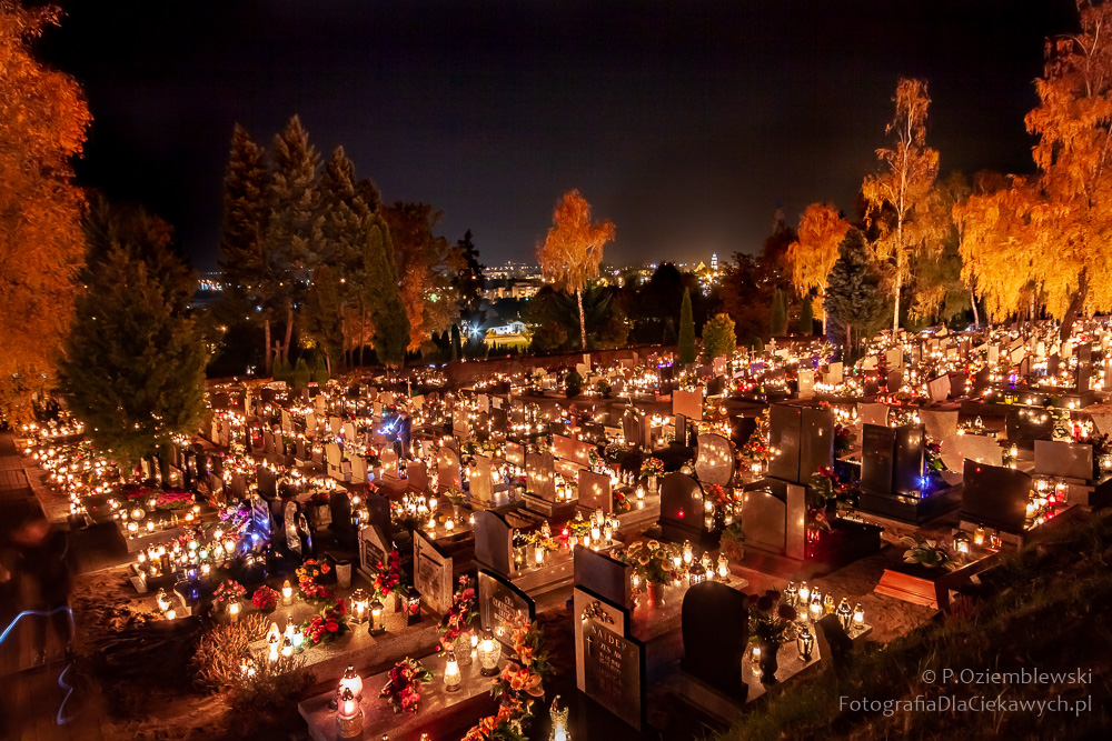Cmentarz wChodzieży - zdjęcie zestatywu