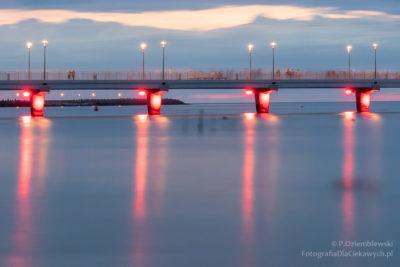 Zdjęcia nocne - zbliżenie namolo wKołobrzegu - długi czas