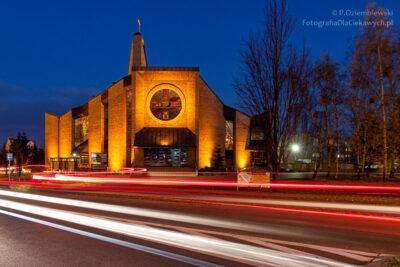 Kośció ismugi świateł odpojazdów
